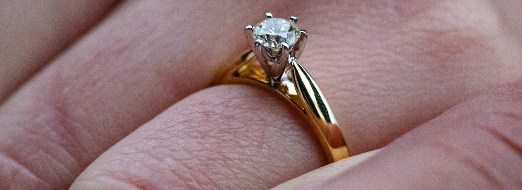 Engagement Ring Styles at Lewis Jewelers